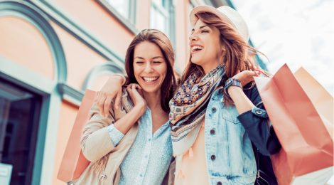 Reduce retail returns with on-model fashion imagery. AI can help lower fashion ecommerce product return rate at 1/4th the cost and 5X the speed.