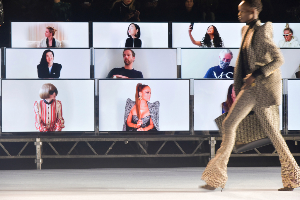 5 Ways Fashion Brands Embraced Tech For Digital Fashion Shows